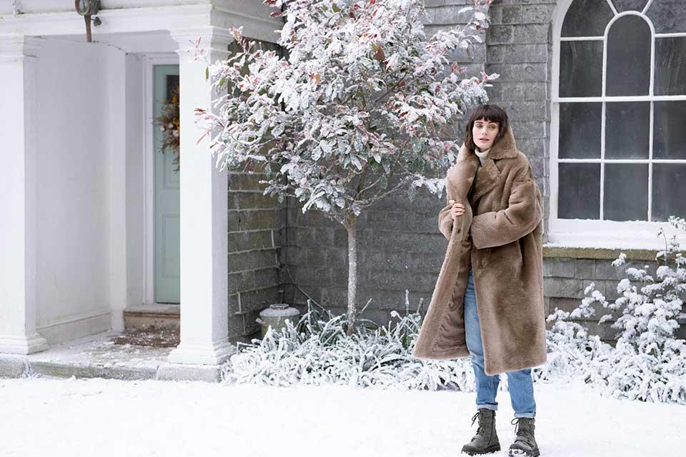 Celtic & Co winter photoshoot outside Georgian house Treseren
