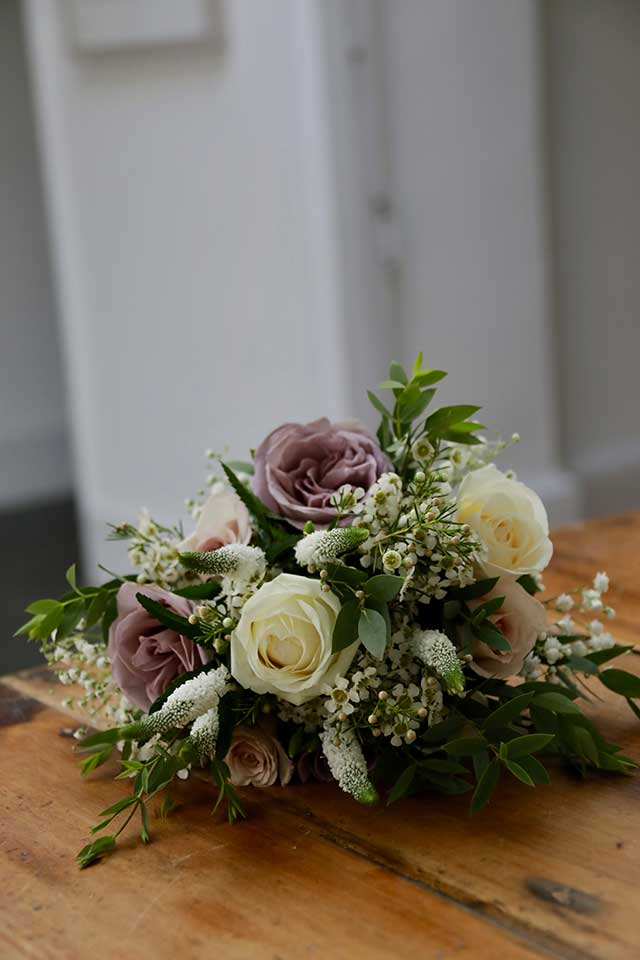 blush pink and cream wedding flowers