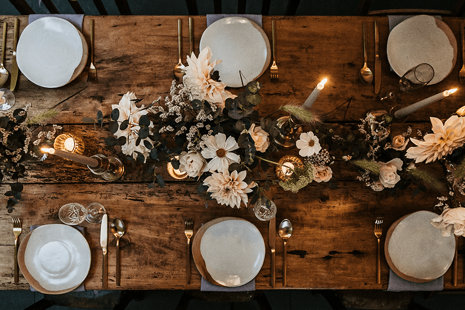 wedding feast table setting for micro weddings