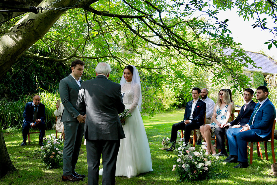 Micro wedding outdoor ceremony in Cornwall