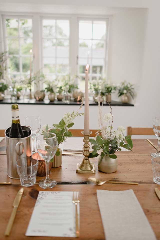 elegant wedding table setup for dining
