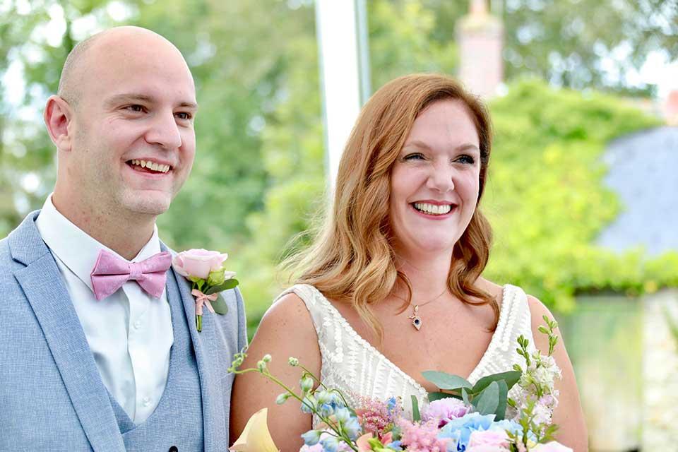 happy couple at summer wedding